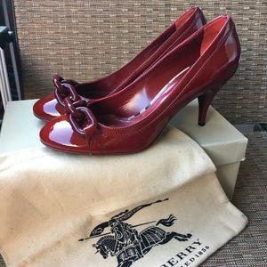 NEVER WORN Burberry heels.